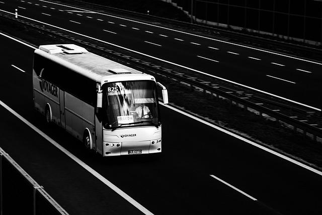 高速バス最安値・過ごし方